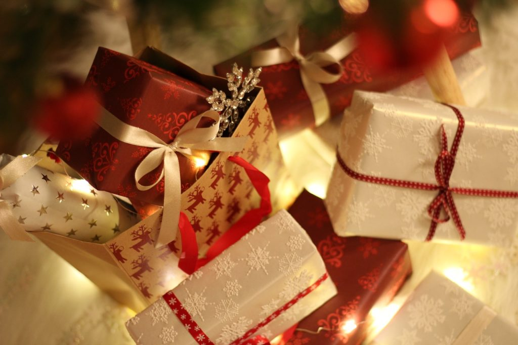 Image of a wrapped holiday gift