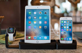 image of Apple Watch, iPad and iPhone